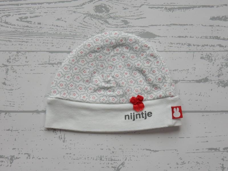 Nijntje newborn meisjes mutsje wit grijs rood bloemetjes 1 maat