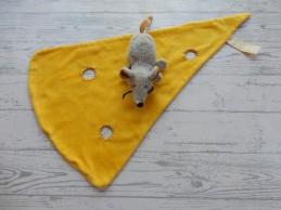 Egmont Toys knuffeldoek velours geel kaaspunt gaten Muis