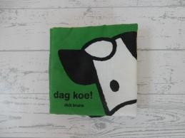 Dick Bruna stoffenboek groen oranje geel knisper Dag Koe!