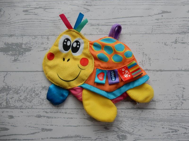 Chicco labeldoek knisperdoekje geel oranje blauw schildpad Lulu