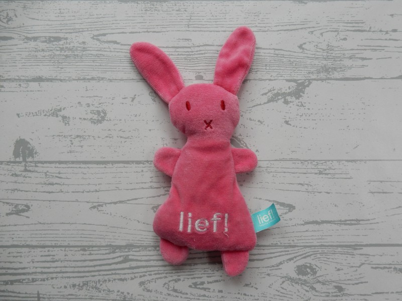Lief! Lifestyle knuffel velours fuchsia roze wit konijn