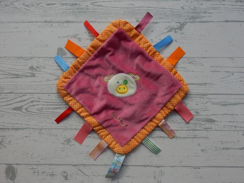 Bambino Tiamo knuffeldoek velours roze oranje labels varken