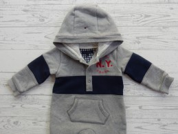 Tommy Hilfiger baby hooded...